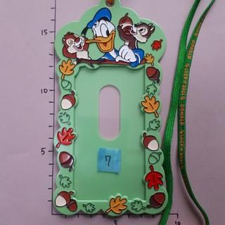 ディズニー(Disney)の①~⑦ 緑紐 ドナルド ディズニー チケットホルダー(キャラクターグッズ)