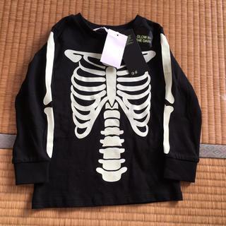 エイチアンドエム(H&M)のガイコツロンT(Tシャツ/カットソー)