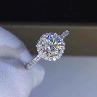 【最高ランク】輝く1カラットDカラー モアサナイト ダイヤモンド リング(リング(指輪))