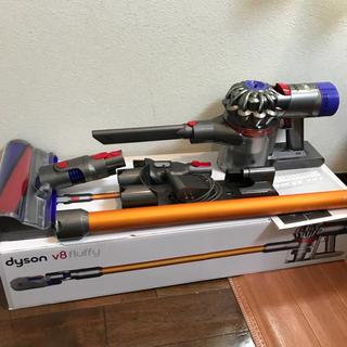 Dyson - ダイソン V8 fluffy コードレス掃除機