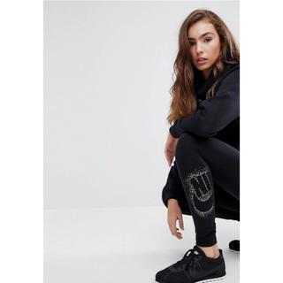 ナイキ(NIKE)の【 Sサイズ】新品タグ付き Nike  ロゴレギンス ナイキ ブラッ(レギンス/スパッツ)