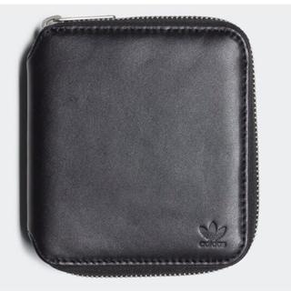 アディダス(adidas)の黒  レザー 財布(折り財布)