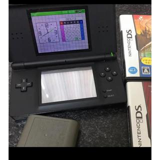 ニンテンドーDS(ニンテンドーDS)のDSライト カセット二つセット(携帯用ゲーム本体)