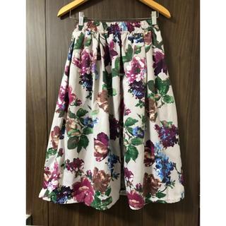 シマムラ(しまむら)の新品❤️しまむら グログラン花柄スカート(ひざ丈スカート)