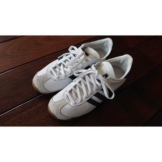 アディダス(adidas)のadidas COUNTRY アディダス カントリー ホワイト × ネイビー 2(スニーカー)