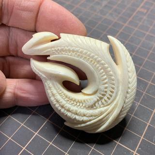 【yasuさん専用】鯨骨製の装飾系ボーンカービング(サーフィン)