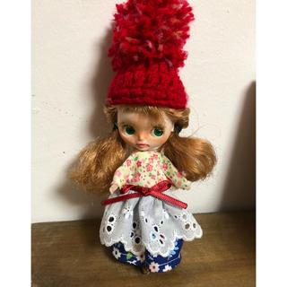 プチブライス アウトフィット  お花ワンピース&ポンポン帽(人形)