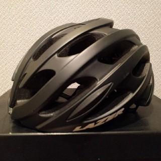 レイザー(LAZER)の【美品】17年LAZER ブレードAFヘルメットサイズL59-61cm(ウエア)