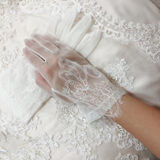 ヴェラウォン(Vera Wang)のショートグローブ 結婚式(手袋)