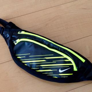 ナイキ(NIKE)の新品 ナイキ ウエストポーチ NIKE ウエストバッグ ランニング マラソン(ウエストポーチ)
