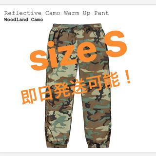 シュプリーム(Supreme)の込S Reflective Camo Warm Up Pant(ワークパンツ/カーゴパンツ)