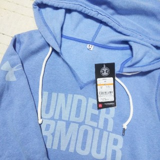 アンダーアーマー(UNDER ARMOUR)の新品SALE!アンダーアーマーM裏起毛パーカー(トレーナー/スウェット)