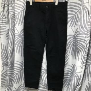 ザラ(ZARA)のZARA 黒 ブラック パンツ(スラックス)