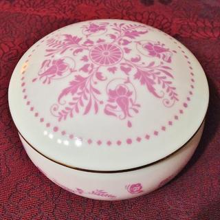 サンキョー(SANKYO)の陶器小物入れオルゴール 愛知せともの 花のワルツ ピンク 日本製(オルゴール)