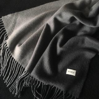 Furla - グレー カシミア中判ストール フルラ 美品