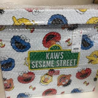 セサミストリート(SESAME STREET)のUNIQLO KAWS SESAME STREET トイ コンプリートボックス(ぬいぐるみ)