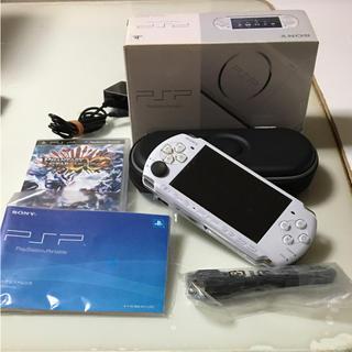 プレイステーションポータブル(PlayStation Portable)のSONY PSP3000(携帯用ゲーム本体)