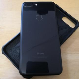 アイフォーン(iPhone)の美品🌟SIMフリー、iPhone7 PLUS 128GB、UAG、ブラック(スマートフォン本体)
