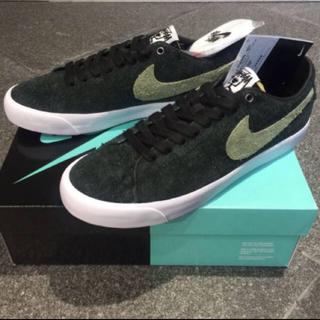 Nike SB、STÜSSY