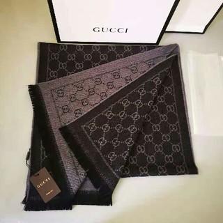 Gucci - 男女兼用           GUCCI レディース マフラー
