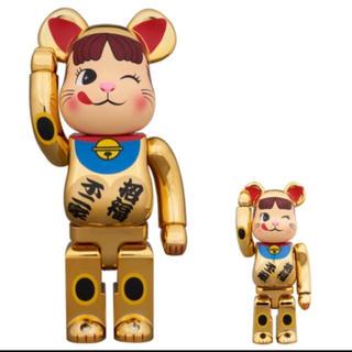 ペコちゃん 招き猫 金メッキ100 400