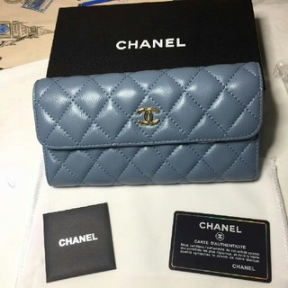 CHANEL - ★極美品★CHANEL  ブルー 長財布