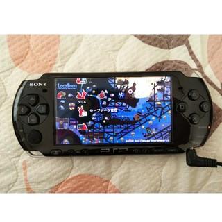 プレイステーションポータブル(PlayStation Portable)のSONY PSP-3000本体+ソフト4本(携帯用ゲーム本体)