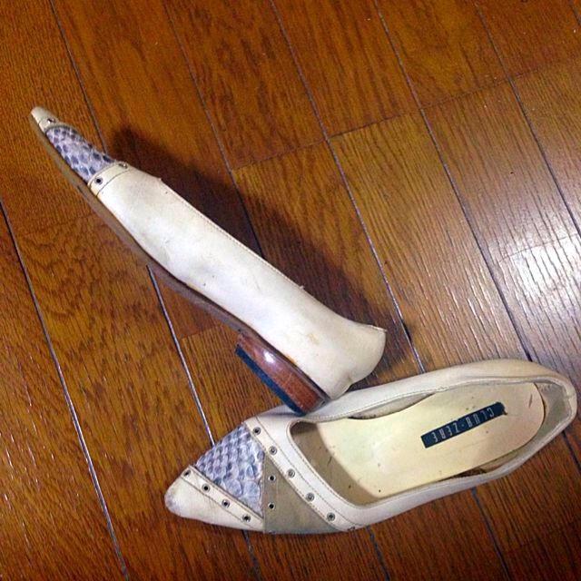 古着屋購入お洒落ぺたんこシューズパンプス レディースの靴/シューズ(ローファー/革靴)の商品写真