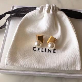 celine - CELINEセリーヌ  パールピアス