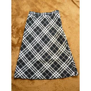 バーバリー(BURBERRY)の良品!バーバリーロンドン チェック柄スカート ブラック&ホワイト161115(ひざ丈スカート)