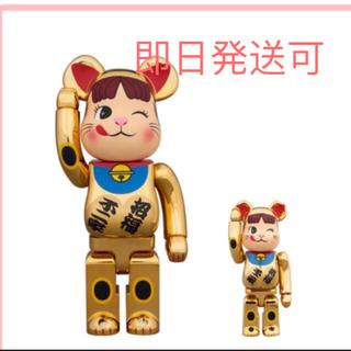 不二家 - BE@RBRICK 招き猫 ペコちゃん 金メッキ 弐 100%&400%