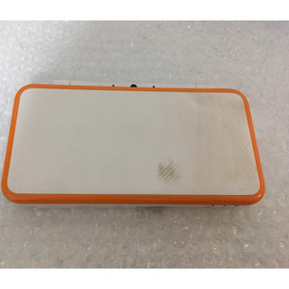 ニンテンドー2DS(ニンテンドー2DS)の2dsll ホワイト×オレンジ (携帯用ゲーム本体)