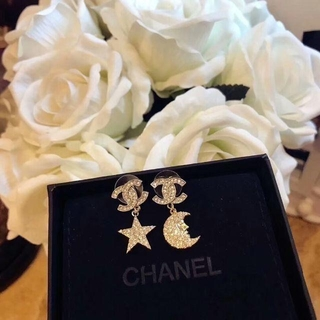 CHANEL - Chanel 星月ピアス