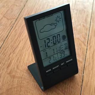 【新品】卓上デジタル時計(箱あり)(置時計)