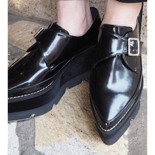 ムルーア(MURUA)のmurua ベロアソールローファー ブラック(ローファー/革靴)