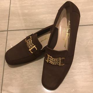 サルヴァトーレフェラガモ(Salvatore Ferragamo)の美品 フェラガモ ☆ローファー (ローファー/革靴)
