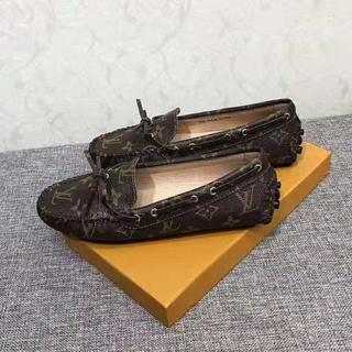 ルイヴィトン(LOUIS VUITTON)のLOUIS VUITTONレディース靴(ローファー/革靴)