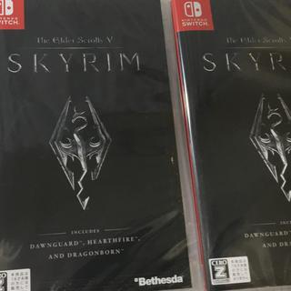 ニンテンドウ(任天堂)の 二本 The Elder Scrolls V: Skyrim(R)Switch(家庭用ゲームソフト)