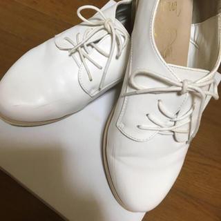 おじ靴☆白☆シューズ☆男女兼用☆美品(ローファー/革靴)