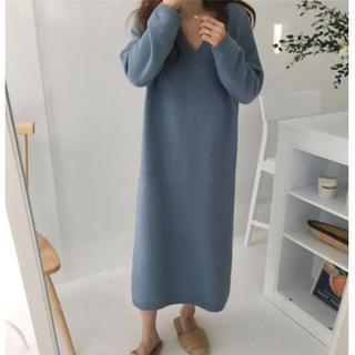 限定セール⭐️ルーズ袖 柔らかニット セーターワンピース ブルー(ロングワンピース/マキシワンピース)