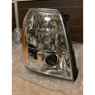 Cadillac - キャデラック エスカレード ヘッドライト