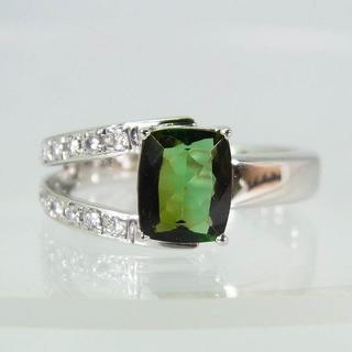 K18WG グリーントルマリン ダイヤモンド リング 16号 [f320-2](リング(指輪))