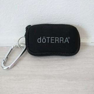 ドテラ ミニボトル携帯用ポーチ (ブラック) アロマポーチ(エッセンシャルオイル(精油))