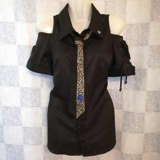 アルゴンキン(ALGONQUINS)のAlgonquins オフショルダーシャツ ネクタイ付き(シャツ/ブラウス(半袖/袖なし))