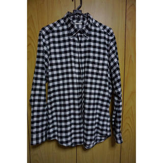 ジーユー(GU)のチェックシャツ (黒・白)(シャツ)