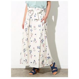 ヴィス(ViS)のVIS ウェストリボン スカンツ 花柄 スカート ワイドパンツ フラワー(カジュアルパンツ)