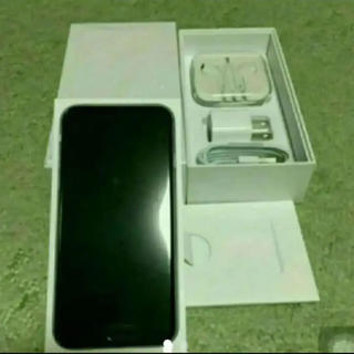 アップル(Apple)の新品 au iPhone6 16G グレー(スマートフォン本体)