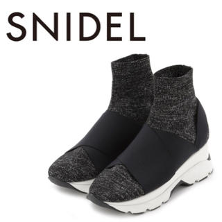 snidel - 新作完売☆スニーカーソールニットショートブーツ