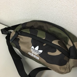 adidas - adidas Originals★新品・正規品★waistpouch・迷彩