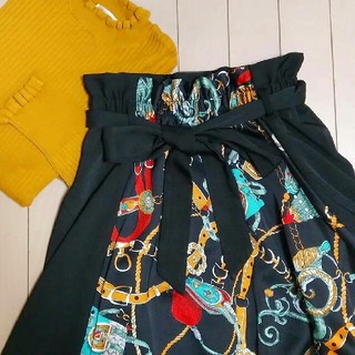 しまむら - しまむら スカーフ柄 切り替えスカート アベイルレオパードユニクロZARAGU